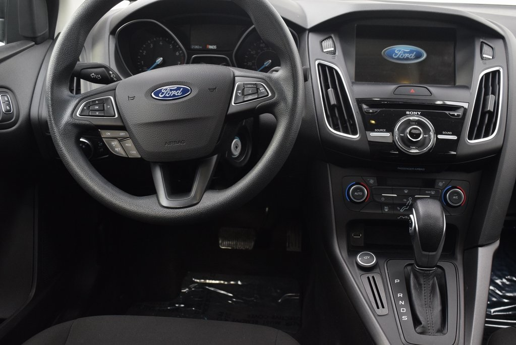 Pre-Owned 2017 Ford Focus SEL