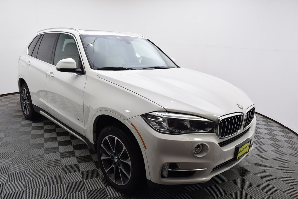 Pre-Owned 2017 BMW X5 xDrive35i Sport Activity