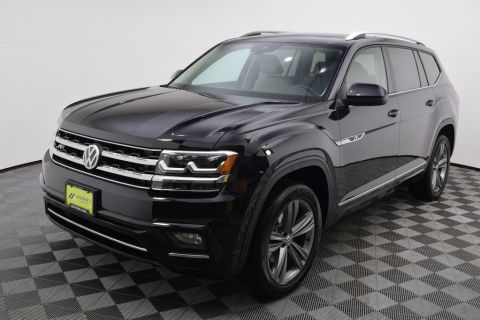 New 2019 Volkswagen Atlas SE w/Technology R-Line and 4Motion